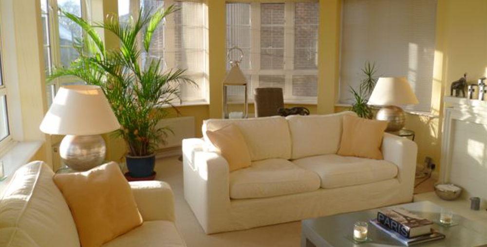 两卧室公寓,Moor Court