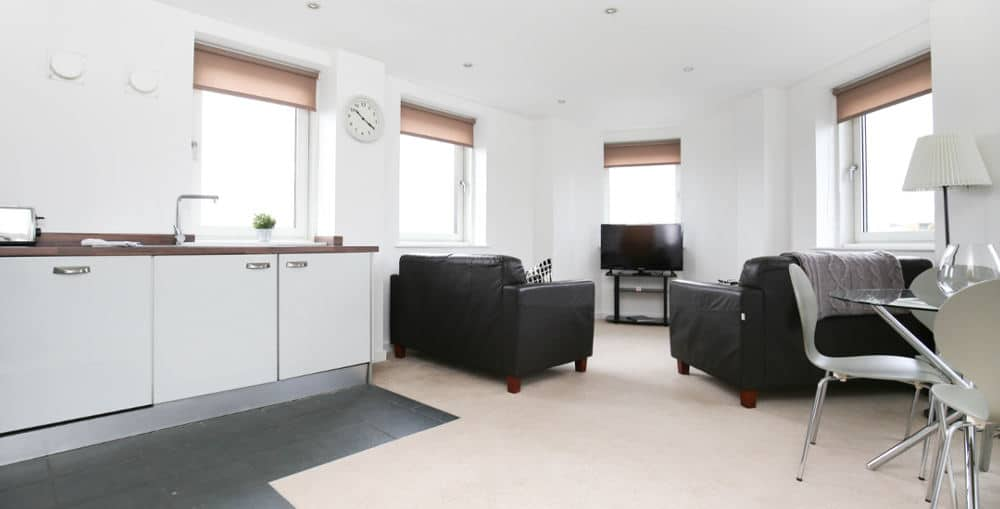 serviced apartments city gate week2week featured