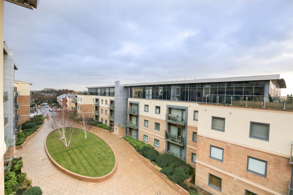 serviced apartments gosforth grove park oval 11