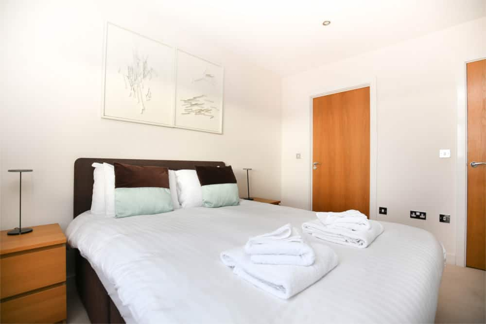 serviced apartments gosforth grove park oval 4