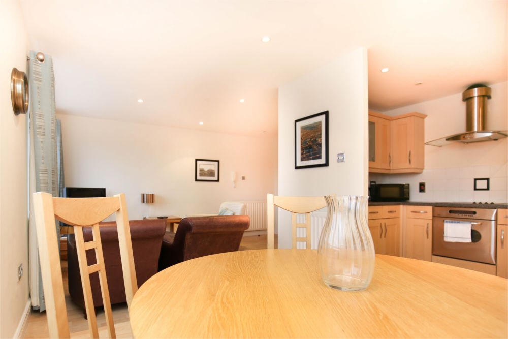 serviced apartments newcastle quayside 7