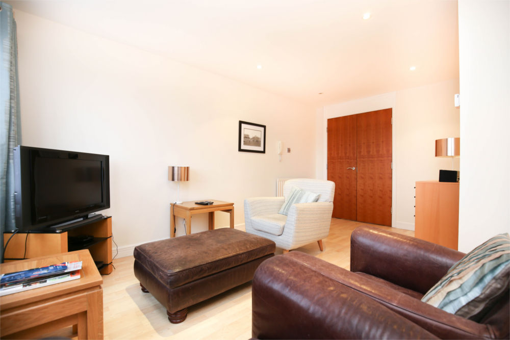 serviced apartments newcastle quayside 8